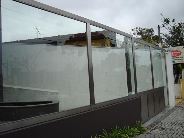 Muro de Vidro / Muro em Vidro