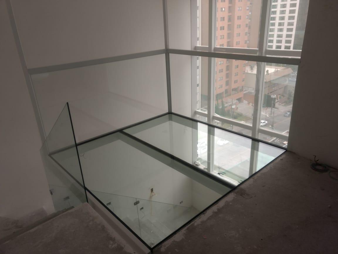 Piso de Vidro / Piso em Vidro